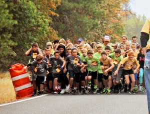 Kids fighting for position at the start of the 2015 SVMM